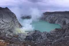 Krater-See des Kawa Ijen