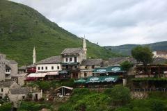 Blick auf das andere Flussufer in Mostar