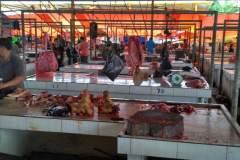 Fleischstände auf dem Tomohon Extreme Market