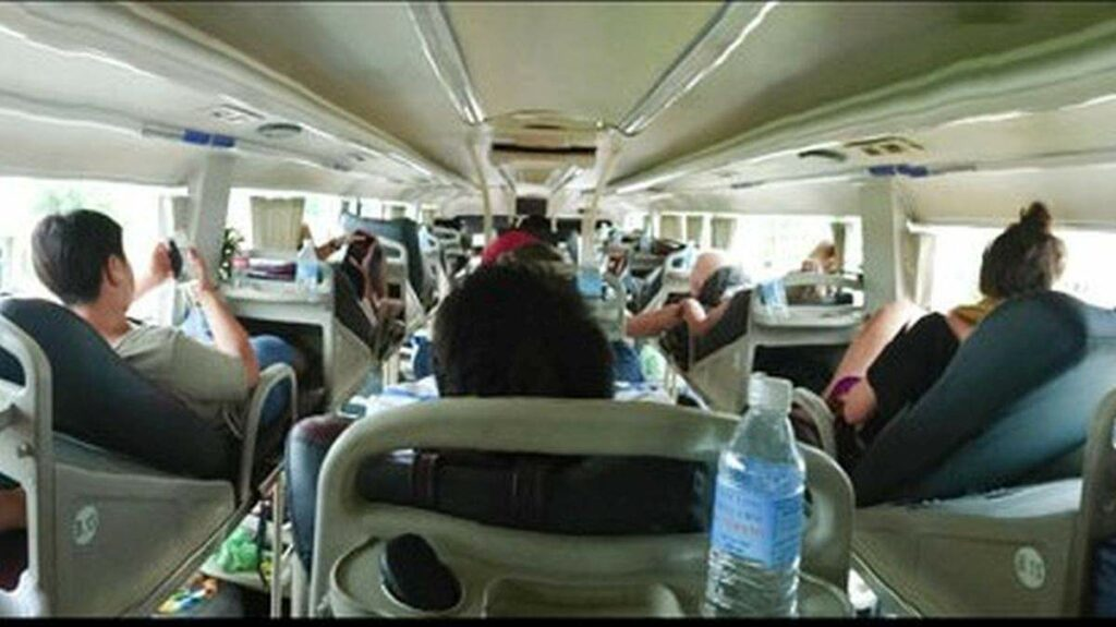 Innenansicht eines Sleeper-Bus in Vietnam